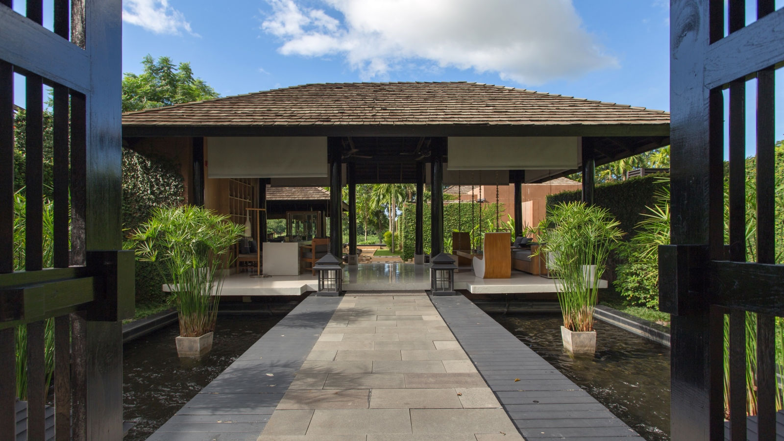 Parvati Spa Entrance
